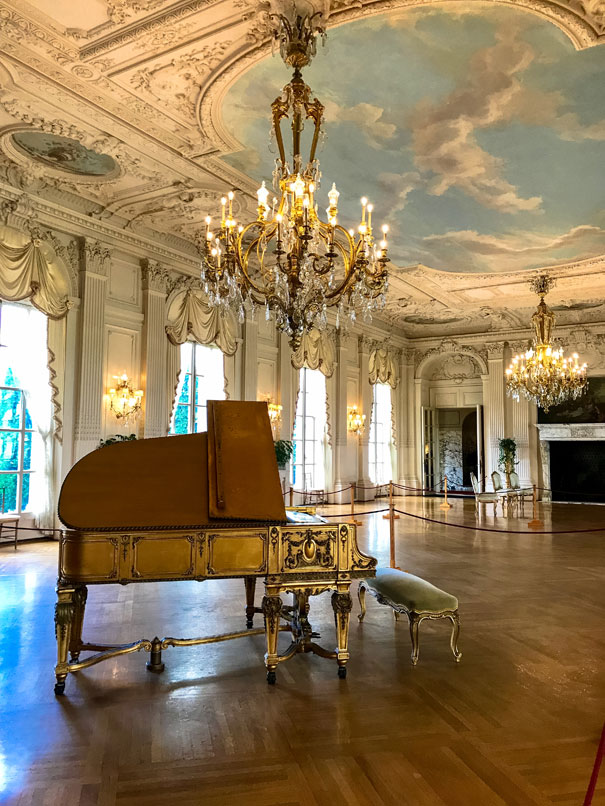 Newport Ri Mansion Piano