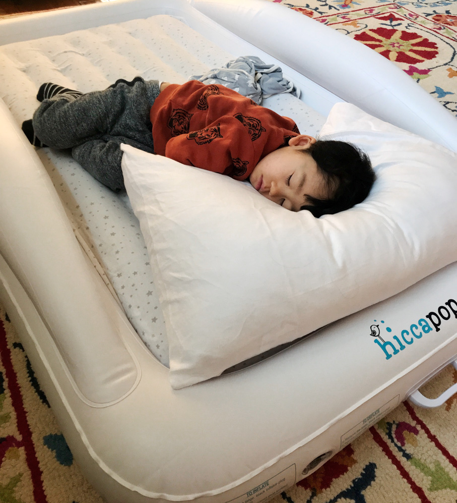 Hiccapop Travel Bed