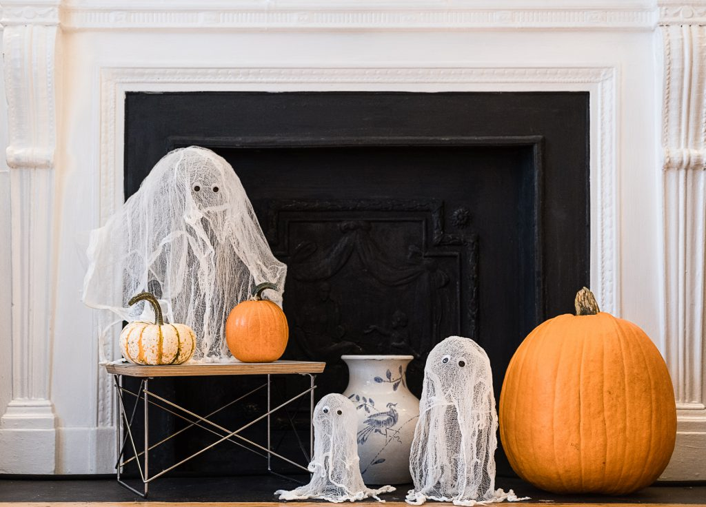 Cheesecloth Ghosts Halloween Craft 2